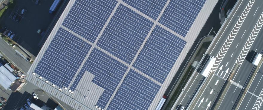 株式会社ダイレクトパワーは太陽光発電のエキスパートであり、電力会社だからこそ、柔軟できめ細やかなサービスの提供を可能にしています。